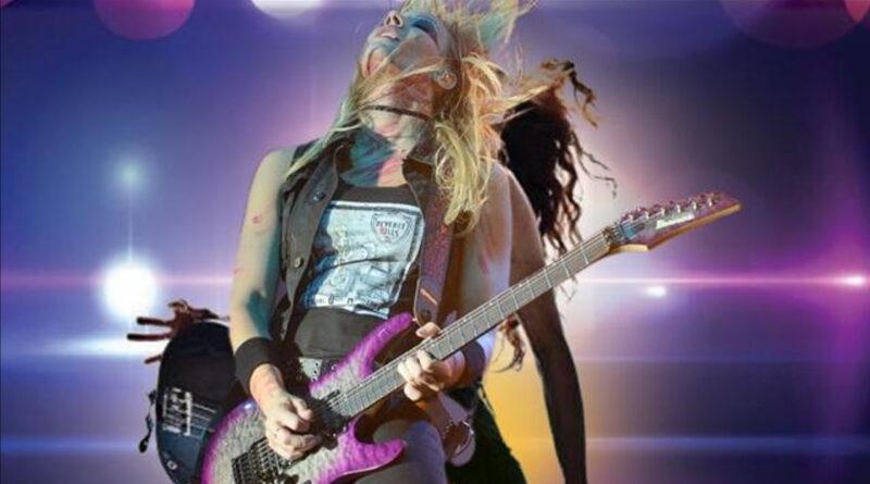 ALL CRAZY seleziona una chitarrista e il cast artistico per l'estate 2021