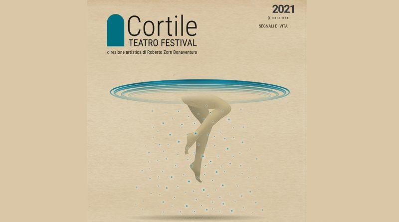 """Dal 19 al 23 luglio due degli spettacoli più attesi del Cortile Teatro Festival a Messina: """"La vita ha un dente d'oro"""" e """"Invisibilmente"""""""